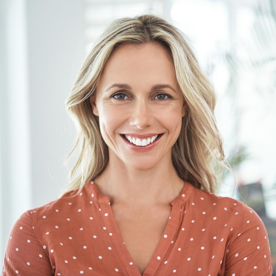 What's the Best Way to Whiten Teeth? Dentist Holland MI